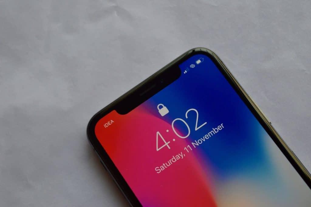 iPhone X Lock screen Face ID Locked