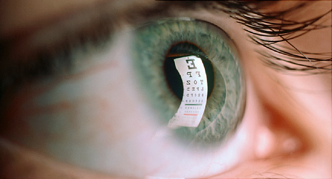 Tiny Screen Can Cause Big Vision Problems |  Perform Eye Exercise Regularly To Maintain 20/20 Vision
