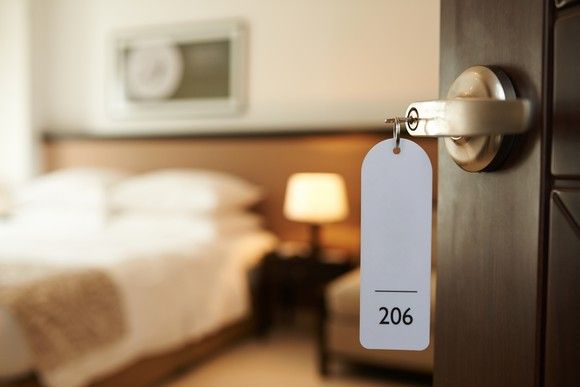 How To Find Hidden Cameras In Your Hotel Room
