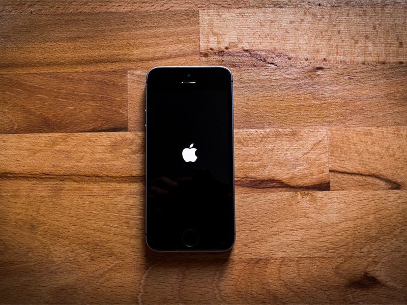 Tech Giant Company Apple And Google Are Building COVID-19 Tracking System To iOS And Android