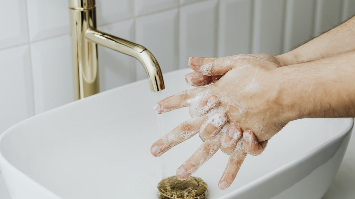 Everything You Need To Know About Washing Your Hands To Protect Against Coronavirus (COVID-19)