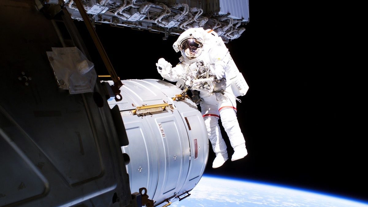 What Makes Astronaut Suit Cost 12 Million Us Dollars? Facts Everyone Needs To Know