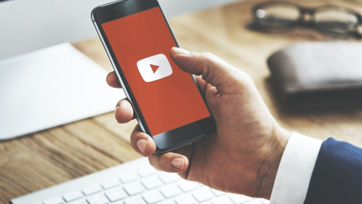 Here's A Simple Trick To Watch YouTube Videos Without Any Ads