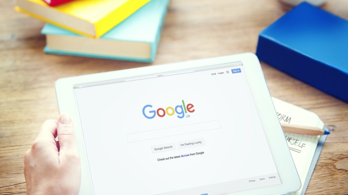 Google Is Still Paying $1.5 Billion To Apple To Be The Default Search Engine In Safari