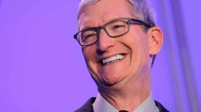 Apple First US Company To Be Valued At $2TN