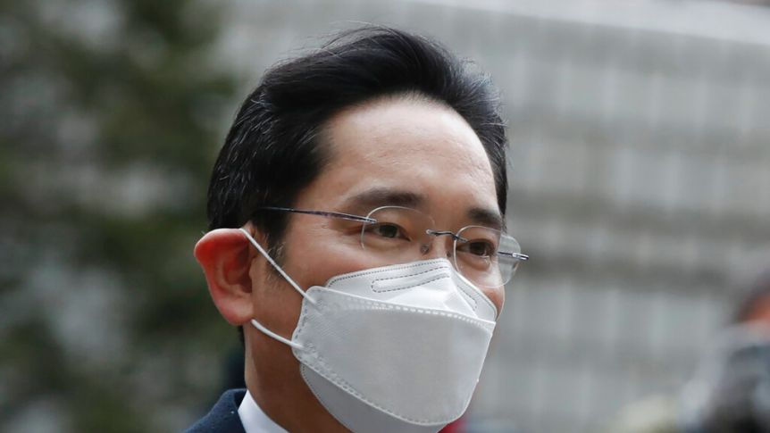 Samsung Heir Sent Back To Prison For 30 Months In Bribery Case
