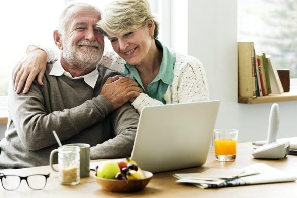Top 10 Tips To Protect Your Parents From Getting Scammed Online
