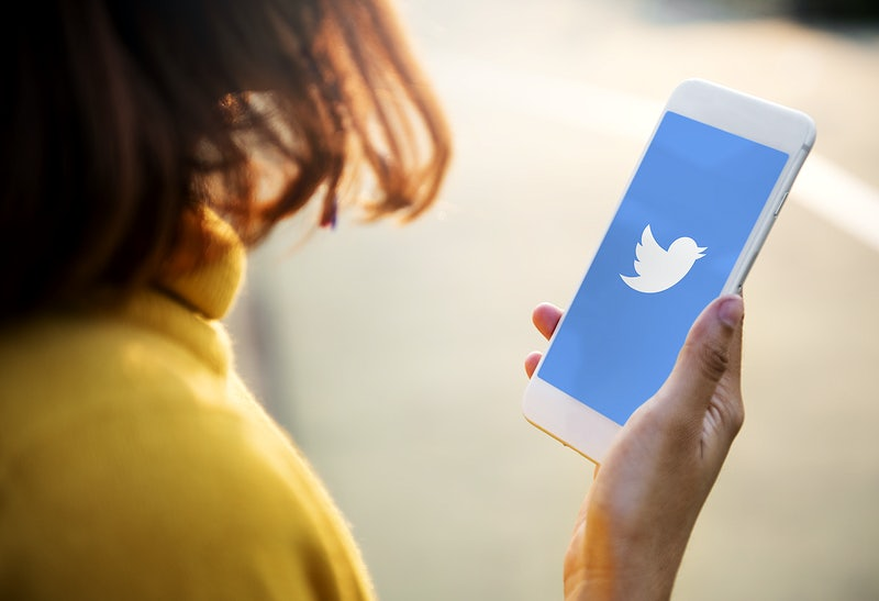 Twitter Rolls Out New Prompts To Reconsider Offensive Reply